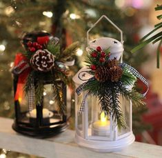 Incredible DIY Holiday Lanterns That Will Light Up Your Christmas – Aline - Weihnachts Dekorationen 2019 Diy Christmas Decorations Easy, Christmas Crafts To Make, Dollar Tree Christmas, Noel Christmas, Rustic Christmas, Christmas Wreaths, Christmas Lanterns Diy, Outdoor Decorations, Christmas Lights