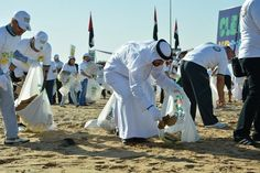 Clean Up UAE has hundreds out to help in RAK. http://one1info.com/article-Clean-Up-UAE-has-hundreds-out-to-help-in-RAK-6968