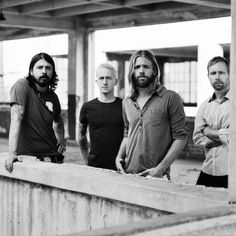 foo fighters photoshoot - Buscar con Google