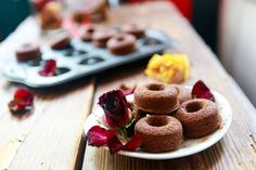 Brownie Donuts gluten free and vegan. Use maple syrup.