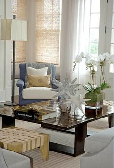 Modern Cottage Chic Living Room by Thom Filicia