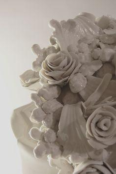 Zachycení pomíjivosti krásy řezaných květin.  >>>ručně modelováno