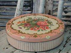 Pink with Flower Bouquet Victorian Style Vintage Tin