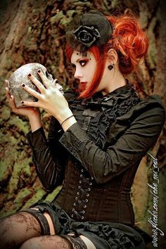 There is a lot of crossover between steampunk and gothic fashion. This look could easily go either way with just a few changes of accessories and makeup. Style Steampunk, Victorian Steampunk, Steampunk Fashion, Victorian Hair, Goth Beauty, Dark Beauty, Tribal Fusion, Gothic Girls, Gothic Lolita