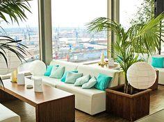 Sommerliche Lounge bei uns im PENTHOUSE ELBPANORAMA. Damit ist der Sommer in Hamburg garantiert.