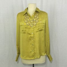 "Bundle Four $4 Items & Get 50% Off Medium Willi Smith Blouse. Made in China. 100% polyester. Dryclean only. Bust 41"" Waist 40"" Sweep 40"" Shoulders 17"" Sleeve 24"" - Length 25"" Willi Smith Tops Blouses"