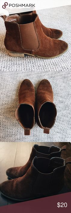 Camel Ecotè Booties Super cute rust colored ecotè booties by Urban Outfitters. Good condition and lots of life left in these boots! Urban Outfitters Shoes Ankle Boots & Booties
