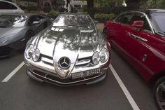 『メルセデス・ベンツSLR』  超高級車に手を加えた豪華カスタムカー写真集