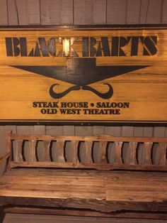 Black Bart's Campground and Saloon, Flagstaff.  Photo by www.campbase.com