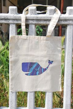 #Borsa #shopper #cotone con #illustrazione #balena #blu #whale    https://www.etsy.com/it/listing/537004043/borsa-shopper-cotone-con-illustrazione?ref=related-1