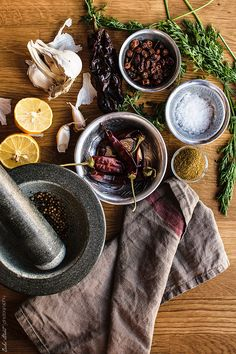 Food Photography Styling, Product Photography, Harissa, Still Life Photos, Spices And Herbs, Barbacoa, Mortar And Pestle, Palak Paneer, Coco