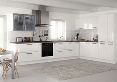 Kitchen idea-spacious