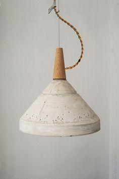 06.003.01_ceiling concrete lamp