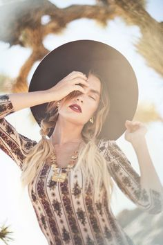 Quigley X Novella Royale – Officially Quigley, desert, photoshoot, gas station, vintage, run down, abandoned, hat, blogger, roadtrip, braids, ombre, maxi, vanessa mooney, style, joshua tree