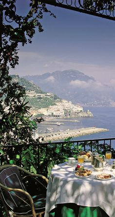 Alfresco - Balcony - Hotel Santa Caterina in Amalfi, Italy