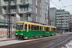 HKL: Moottorivaunu MLNRVI (ex NRVI) matalalattiainen väliosa / HKL: Motor tram MLNRVI (ex NRVI) low floor centre section