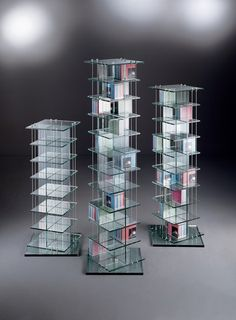 CD 392 + 504 + 616 - Designer Display cabinets from Dreieck Design ✓ all information ✓ high-resolution images ✓ CADs ✓ catalogues ✓ contact. Glass Shelves, Cd Racks, Furniture Design, Display, Lighting, Diy, Home Decor, Triangles, Floor Space