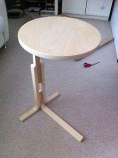 Sgabello Ikea Frosta trasformato in un tavolino