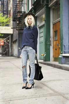 Elin Kling in the perfect day-or-night weekend look.