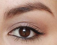 Thin winged liner = love.