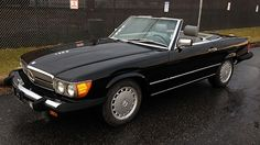 1989 Mercedes-Benz 560SL Convertible 5.6L, Automatic presented as lot L36 at Kissimmee, FL 2015 - $10,000