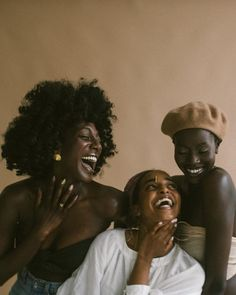Hanahana Beauty is a natural skin care brand whose mission is to disrupt the global beauty industry. Black Girl Magic, Black Girls, Diy Beauty Hacks, Black Power, Photo Portrait, Brown Skin Girls, Black Girl Aesthetic, Belleza Natural, Beauty Industry