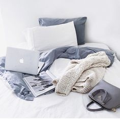 Easy like sunday morning  #theodderside #morning #weekend #polishfashion #inspiration #home #interior #lessismore #simply #chill