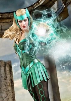 Character: The Enchantress (Amora) / From: MARVEL Comics 'The Mighty Thor' / Cosplayer: Unknown