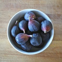 Learn About the 5 Major Varieties of Figs: Black Mission Figs