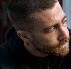 Jake Gyllenhaal in Southpaw (gifs)