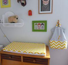 Sacola para roupinhas sujas em estampa chevron cinza e amarelo - PiLuLiTo