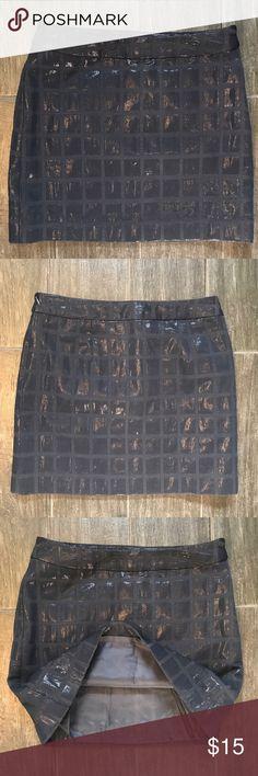 Gap Navy Shimmery Skirt - Size 0 Gap Navy Shimmery Skirt - Size 0. Used good condition. GAP Skirts Mini