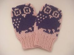 Ravelry: Mini Motif Baby Mittens pattern by Nett Hulse.