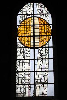 Gérard Lardeur (1999). Les vitraux à l'église de Saint-Sauveur (Finistère).