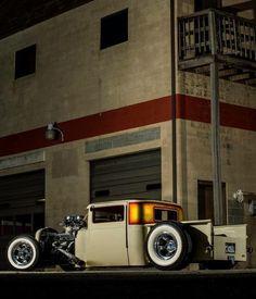 rat rod trucks and cars Hot Rod Trucks, Cool Trucks, Cool Cars, Semi Trucks, Custom Trucks, Custom Cars, Custom Jeep, Classic Trucks, Classic Cars