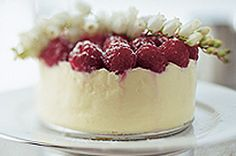 White Chocolate TOBLERONE and Raspberry Cheesecake recipe