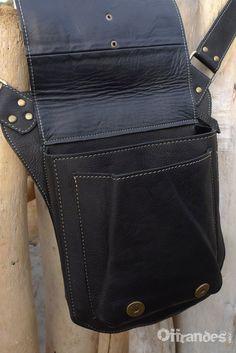 iPAD Leather Messenger Bag Unisex BLACK / Designer by offrandes