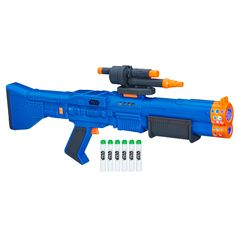 Inspired by Solo: A Star Wars Story, imagine being mighty Wookiee Chewbacca shooting his blaster as you fire glow-in-the-dark darts with this Nerf blaster. Star Wars Chewbacca, Star Wars Stormtrooper, Nerf Gun, Star Citizen, Star Destroyer, Kids Party Games, Games For Kids, Chevalier Jedi, Pistola Nerf