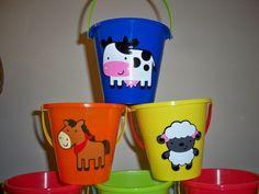 FARM ANIMAL BIRTHDAY PARTY FAVOR PAILS