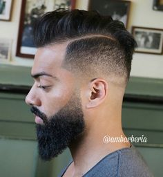 40 Totally Rad Pompadour Hairstyles – coiffures et barbe hommes Mens Hairstyles Side Part, Mens Hairstyles Pompadour, Undercut Hairstyles, Haircuts For Men, Cool Hairstyles, Wedding Hairstyles, Men Undercut, Men's Hairstyle, Modern Pompadour