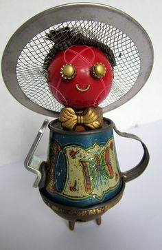 'Dot Bot' - found object robot sculpture assemblage made by Bitti Bots (Cheri Kudja)