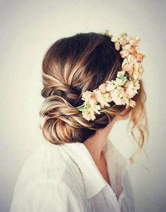 Boho hair... so pretty.. gorgeous for wedding!!
