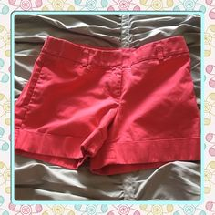 PRICE ⬇️ Cute cuffed shorts Excellent condition, worn about 10 times Express Shorts