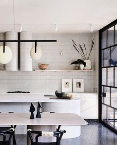 Mid-century Interior, Interior Design Awards, Kitchen Interior, Interior Architecture, Kitchen Design, Kitchen Paint, Kitchen Tiles, Kennedy Nolan, Diy Dorm Decor