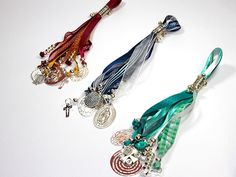 Bendiciones del hogar Beading Projects, Boho Necklace, Communion, Art For Kids, Jewelery, Charmed, Diy Crafts, Drop Earrings, Bracelets