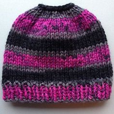 b15fa32fd28 A very simple knit messy bun beanie using bulky weight yarn. This took less  then