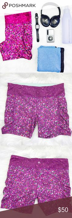 """Lululemon Speed Track Printed Shorts NWOT! New high waisted printed shorts. Side pockets. First photo enhances colors - original colors can be seen in all other photos. Size 12. Length: 15"""". Bundle to save. lululemon athletica Shorts"""