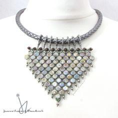 Honeycomb Arrowhead Necklace #honeycomb #beads #beadwork #handmade