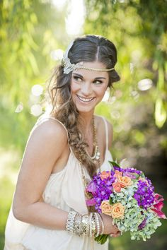 Acconciatura sposa stile hippie chic