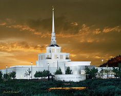 Billings, MT temple.  I just can't get over this art.  This is another painting by Kendall Davenport.  Visit the site!